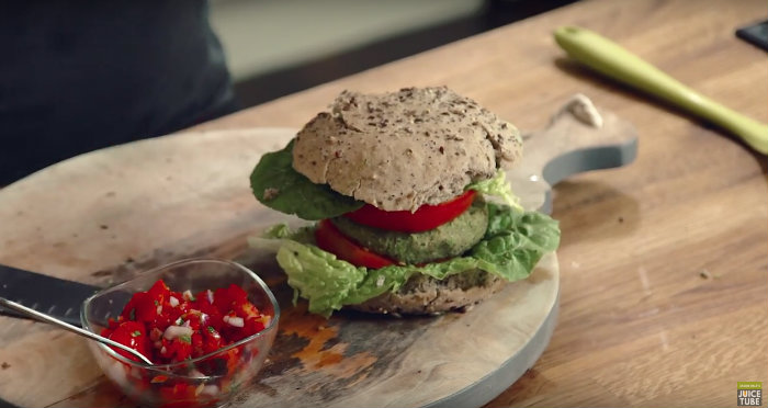 Spicy-Mint-Avocado-Veggie-Burger