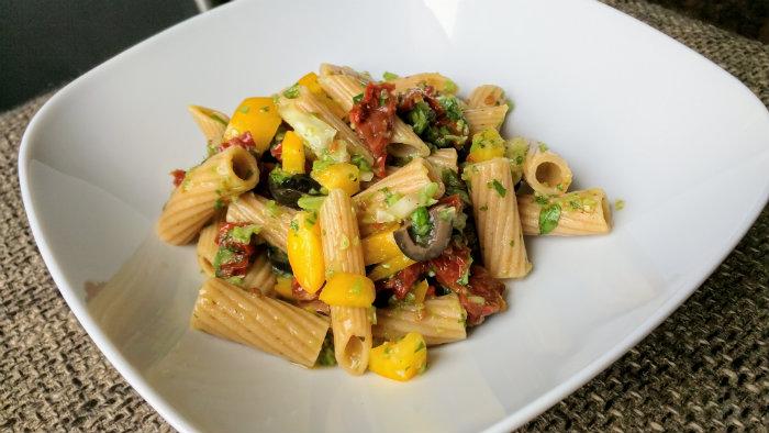 pasta-zongedroogde-tomaatjes-01