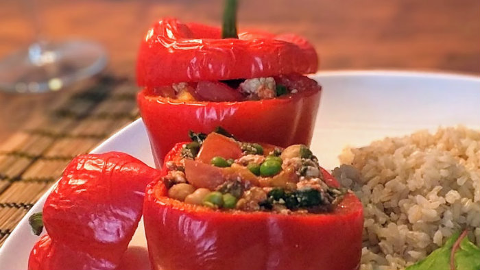 Gevulde paprika boordevol plant eiwitten