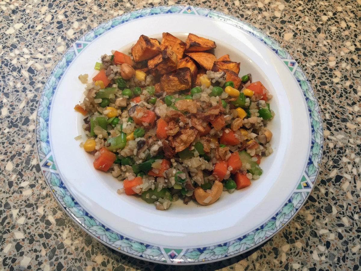 bloemkool-nasi-zoete-aardappel-lekker-leven