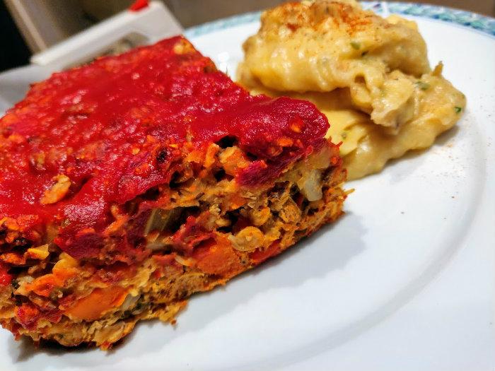 Meat-Loaf-van-Linzen-en-aardappelpuree
